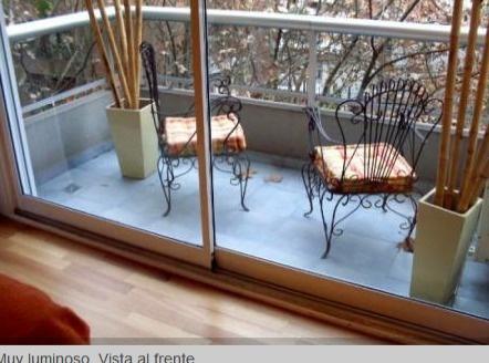 Un ambiente en Buenos Aires http://villas-departamentos.vivastreet.com.mx/vacaciones-extranjero/1-ambiente-en-buenos-aires--barrio-belgrano/43094712