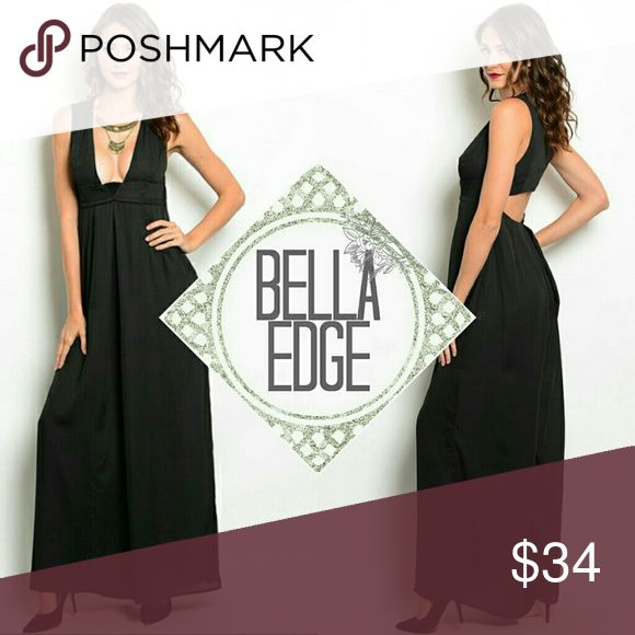 🆕 Black jumpsuit dress 100% POLYESTER Dare to be different in this wide-legged jumpsuit dress which features a plunging opened neckline, exposed back detail and two zipper closure. Size small to extra large Bella Edge Boutique Dresses