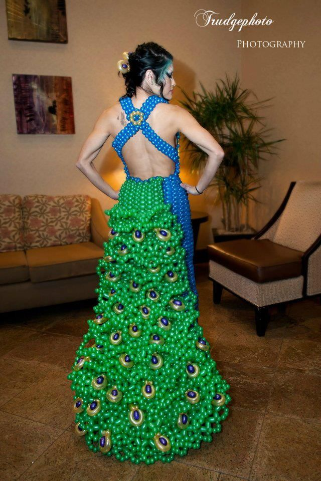 WOW! I think this one is the most spectacular balloon dress on the board!!!!!! Peacock Balloon dress - Model: Danesa Robles Photographer: Trudgephoto Artist: Marie Dadow