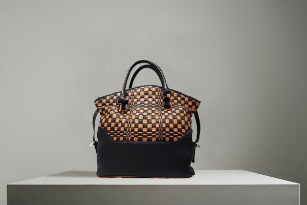 A beautiful fusion of style and utility is this #Weaving handbag from #Refashion.Weaving creates illusion which looks very attractive This handbag not only has copious space, but is also lightweight