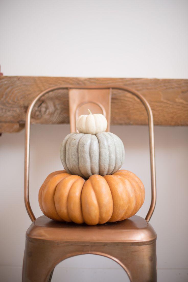 Cozy Thanksgiving Inspiration | PHOTOGRAPHER Joel Maus | via Style Me Pretty | #autumn #pumpkin #decor