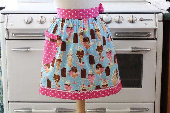 I kind of love aprons.
