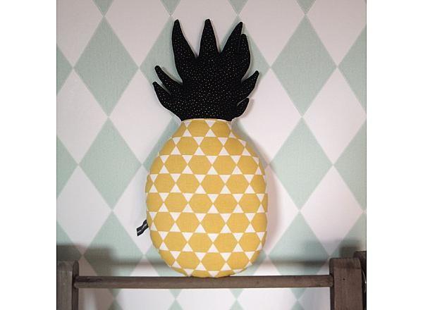 Décoration Ananas, motif géométrique jaune moutarde et noir pois dorés, pitimana