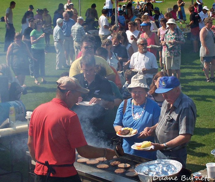 Everyone's invited to huge picnic feast celebrating Labour Day in Gibsons. MORE Info > http://www.duaneburnett.com/12923/labour-day-picnic-feast