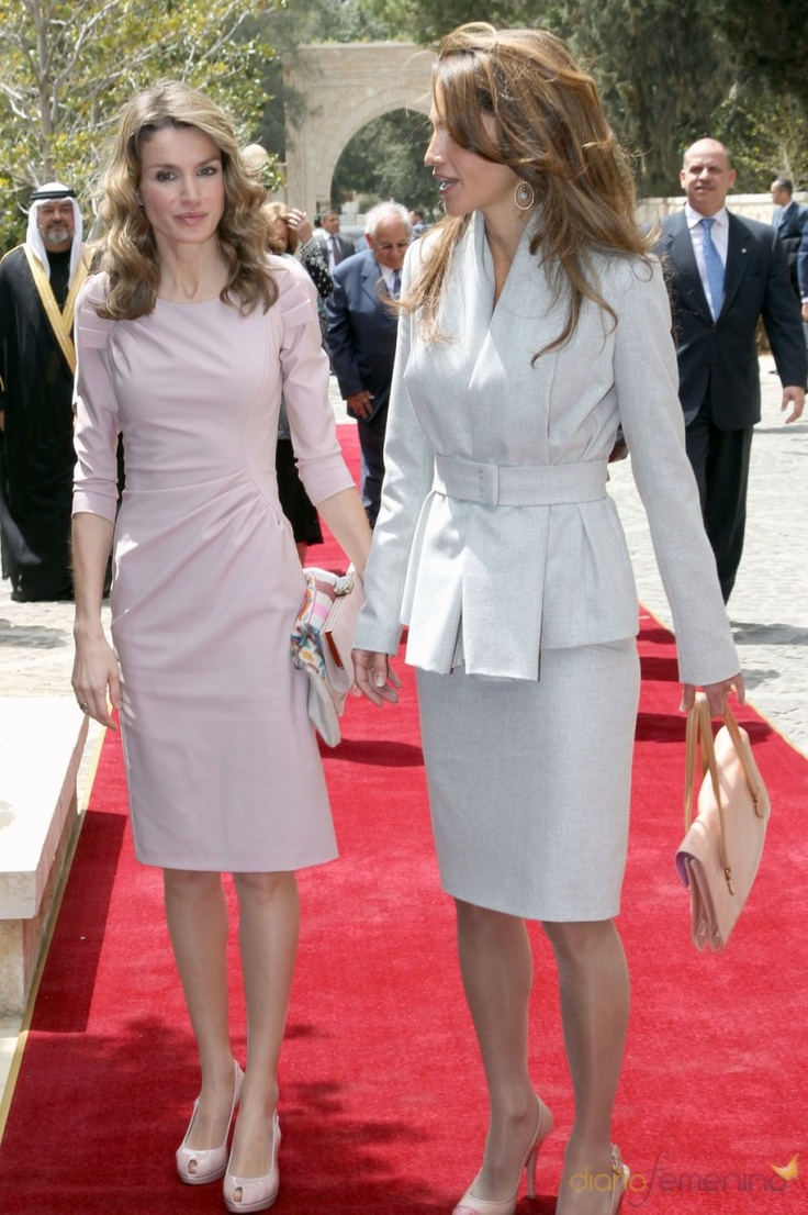 17 Best Images About Queen Rania Of Jordon On Pinterest Jordans Bottega Veneta And Royal Style