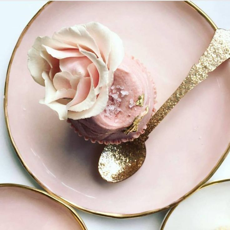 Loving the soft blush pink tones