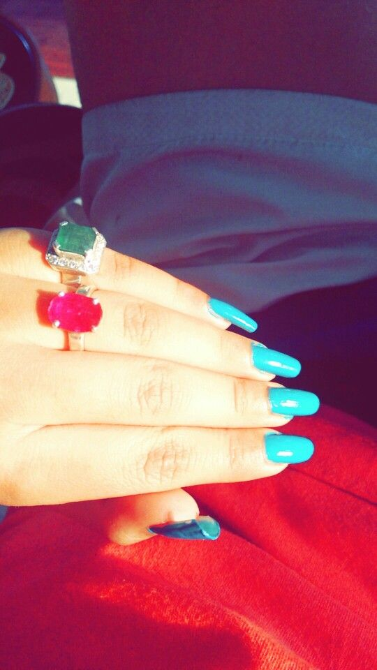 Rubyz n emerald with crushed studed diamomds :)
