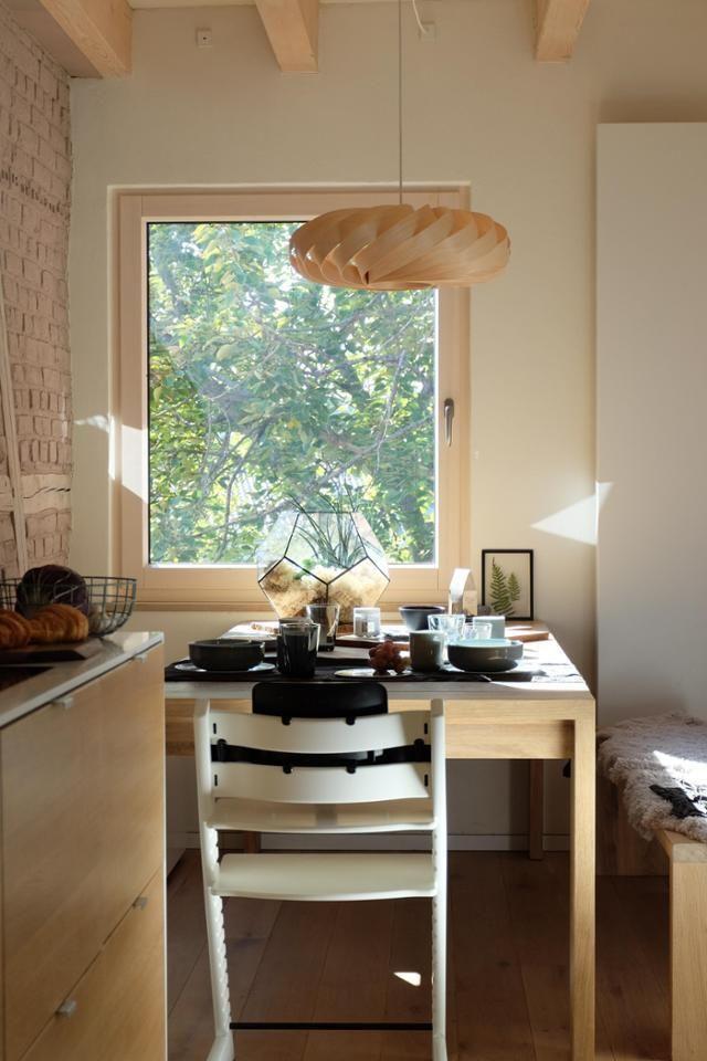 Am Küchentisch Kommen Freunde Und Familie Zusammen #.