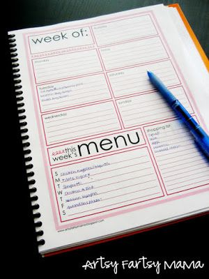 Free Printable Weekly Menu Planner Pages (8 colors!) at artsyfartsymama.com #freeprintable