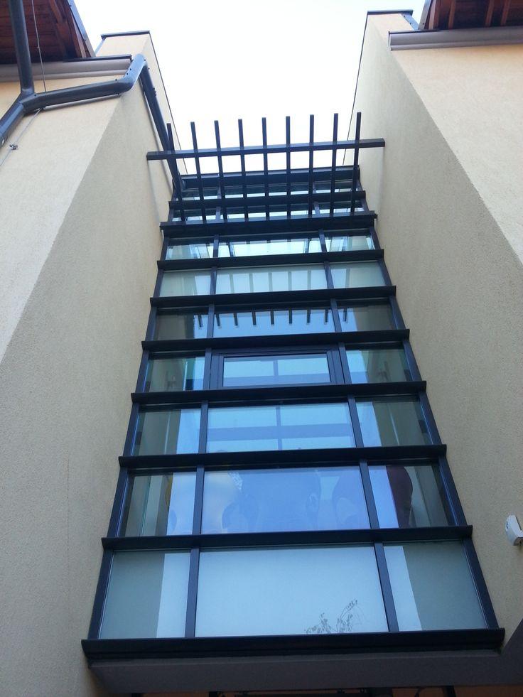Perete cortina Casa - Iuliu Valaori