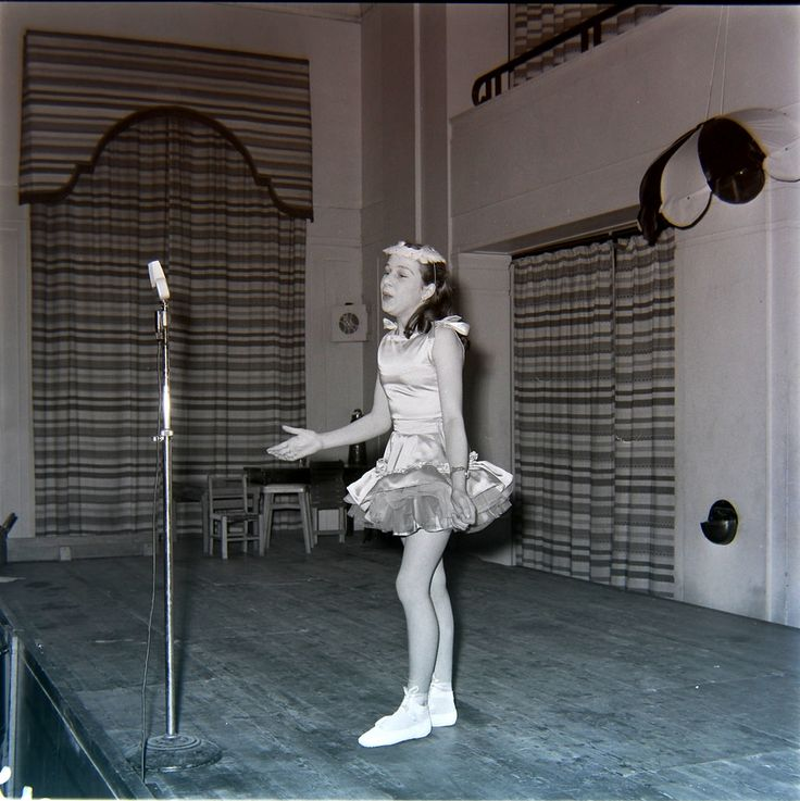 Ivy Travers Dance School: Academy for the Talented Young Dancers in London from the 1950s to the 1980s