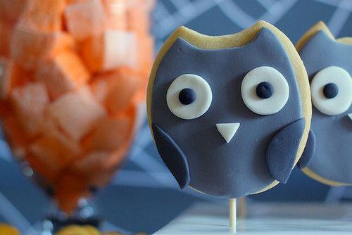 owl cookie pops
