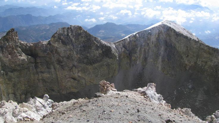 amazing-Tourist-Attraction-Pico-de-Orizaba-Volcano,-puebla