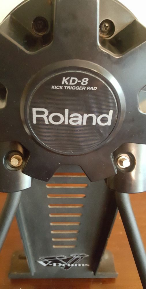 Roland V-Drums KD-8 Kick / Bass Drum Trigger Pad | Music Is