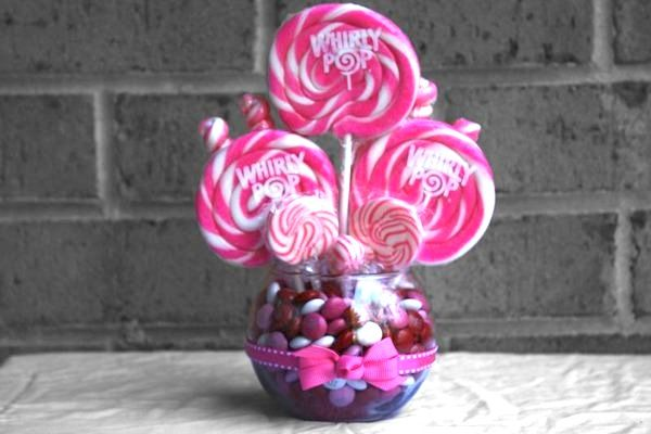 Sweet-ass candy wedding accessories at a special discount from Edible Weddings & More!