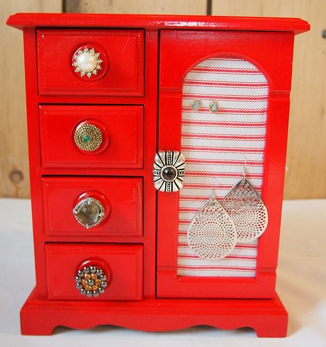 now i know what to do w those ugly Jewerly boxes, and I have one from the 80&#39…   – Jewerly box