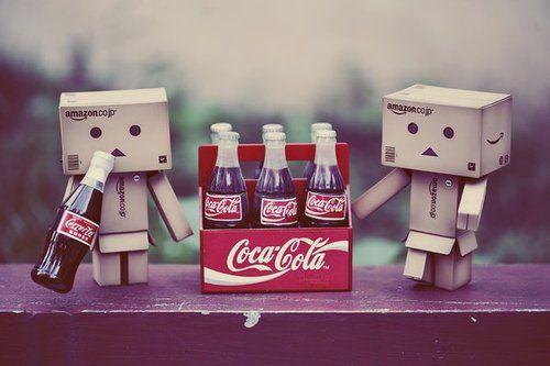 cute box robots cute coca cola drink soda box robot box. Black Bedroom Furniture Sets. Home Design Ideas