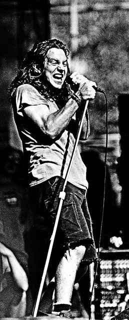 I could look at photos of this man ALL DAY. - Eddie Vedder
