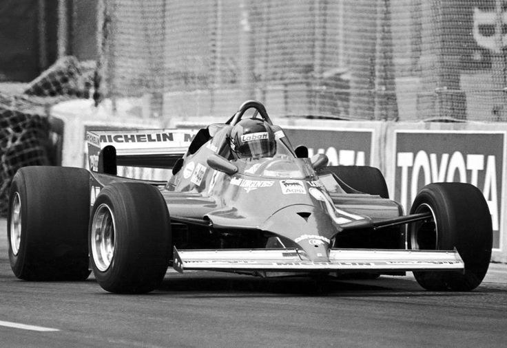 Gilles Villeneuve 126CK to the limits of the Opposite Lock. USA Grand Prix West, Long Beach 1981.