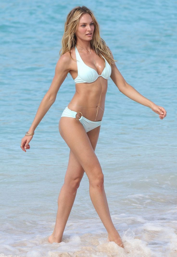 Bikini super model pics — pic 11