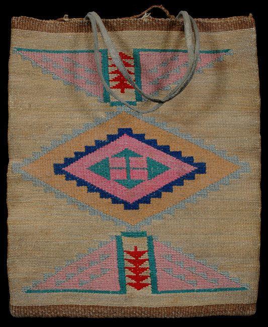"162: Nez Perce Cornhusk Bag ca. 1910 12"" H. 10"" W. Go : Lot 162"