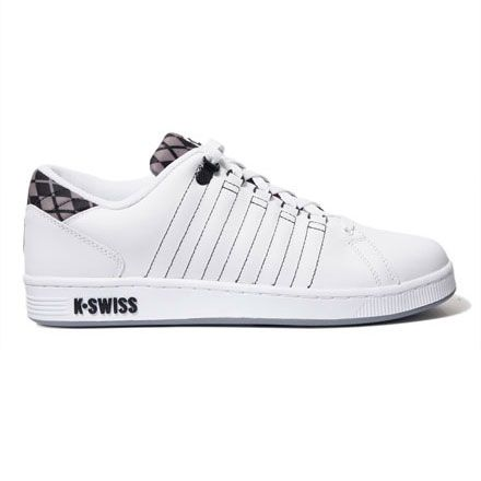 k swiss shoes black and white boy cat outside