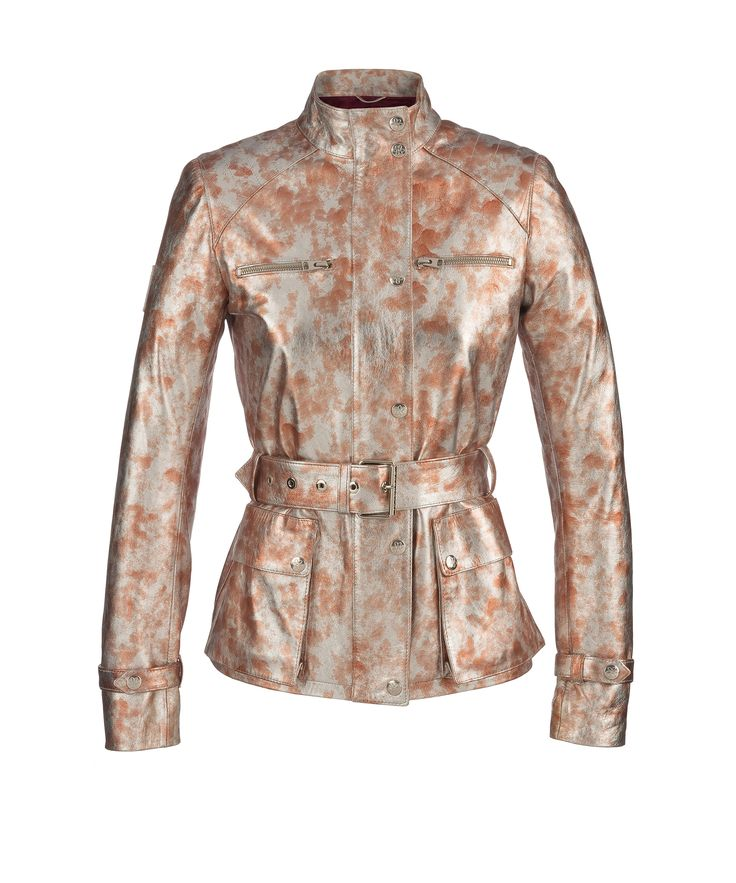 TRAVELLER leather jacket redesigned by Nagore Aranburu in a limited edition collection of only 50 units.