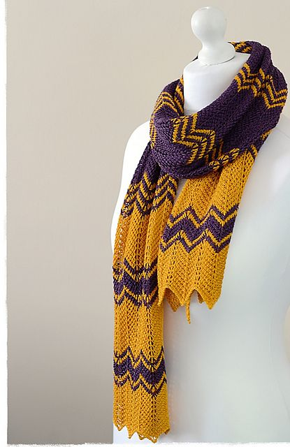 Ravelry: Purple Gold Scarf pattern by Yuliya Tkacheva
