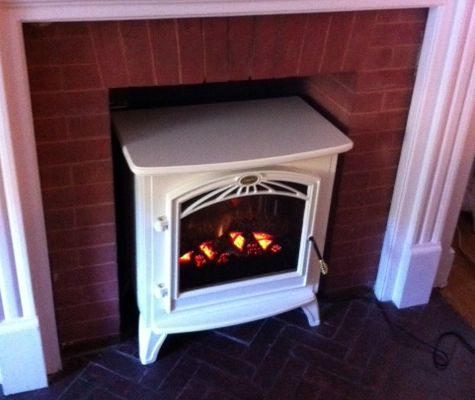 Small and portable, this #Dimplex electric #stove fits in even the tiniest of spaces.   http://www.electricfireplacesdirect.com/free-standing-electric-stoves