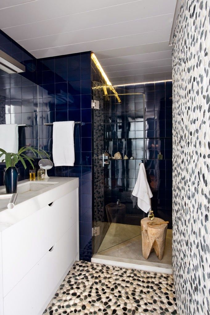 Despite Quite Wide Range Of Choices Offered By The Manufacturers Blue Bathroom  Tile Is Still One Of The Most Popular Finishing Materials.