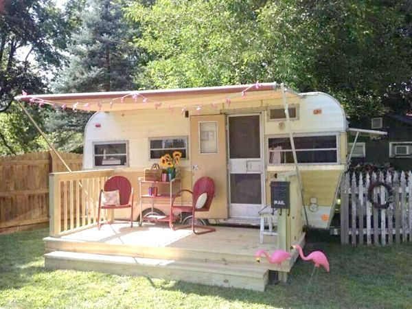 Living Simply: Part 1 - Vintage Trailers