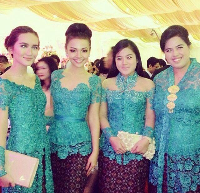 #dress #kutubaru #batik #kebaya #from #putrigaruda #inspirations #reference