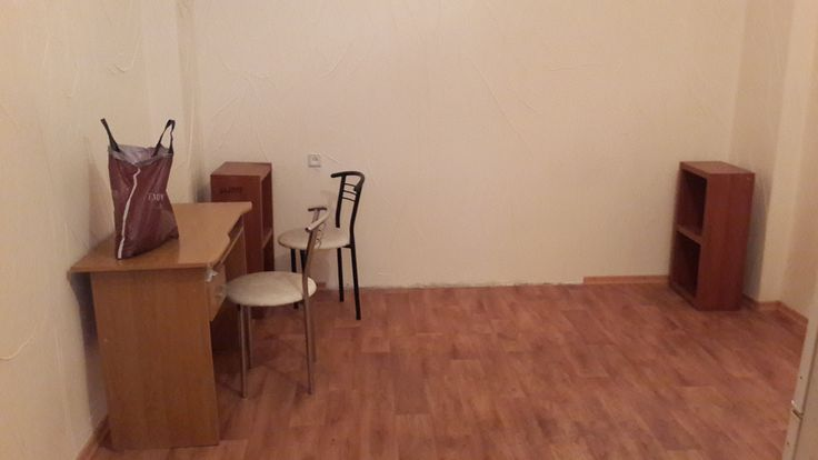 Аренда офиса по Пушкинская 6 Двухкомнатное помещение , самостоятельный вход со двора. Свежий ремонт.  - прихожая; - санузел;  - кухня;  - нежилой фонд;  - имеется возможность размещения рекламных вывесок.