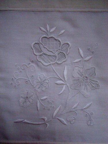 ouvrage Flo 3 - lovely needlelace on the rose