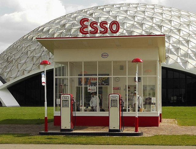 79 best images about gas stations on pinterest being ignored pump and december. Black Bedroom Furniture Sets. Home Design Ideas
