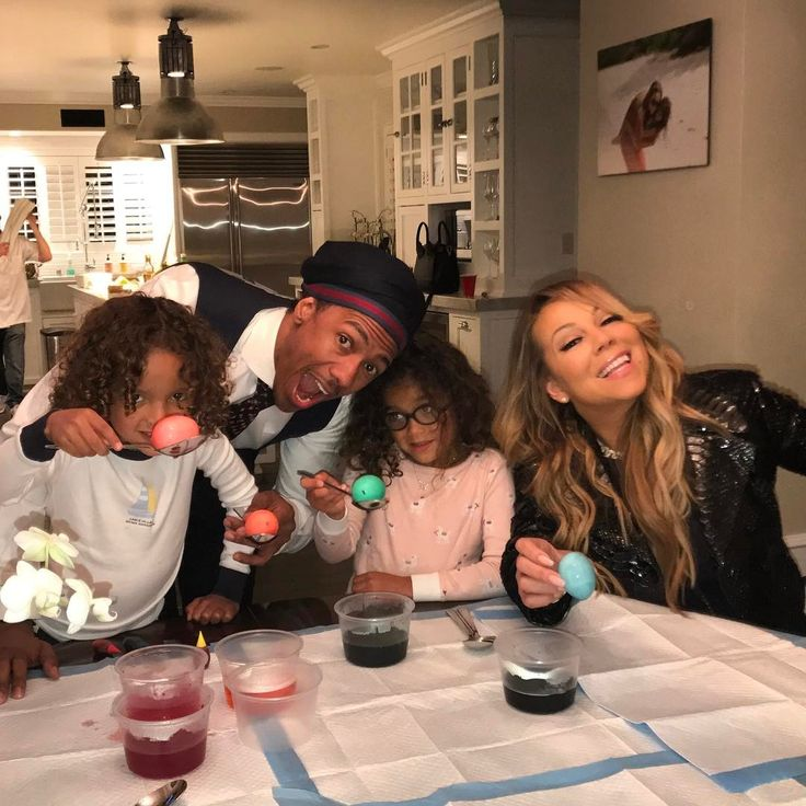 Mariah Carey and Nick Cannon and twins pose for family Easter photo  Mariah Carey and her former husband Nick Cannon reunited on Easter Sunday to spend time with their children 5-year-old twins Monroe and Moroccan.  #MariahsWorld #MariahCarey #NickCannon @MariahsWorld