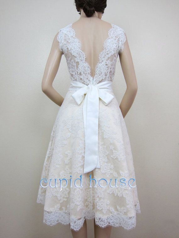 Short Lace Wedding Dress, Lace Reception Dress, Sweetheart Strapless Ivory Tea-length Simple V-Back Lace Bridal Dress Wedding Gown 2014 on Etsy, $168.00