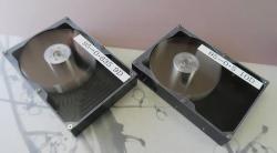 Японская компания Hoya представила стеклянные пластины для «20-Тбайт» HDD    В первой половине текущего года компании Western Digital Corp и Seagate Technology приступили к поставкам 12-Тбайт 3,5-дюймовых жёстких дисков. Плотность магнитной записи на пластинах приблизилась к 1 Гбит/дюйм2, а число магнитных пластин в составе жёстких дисков компания Western Digital (HGST) смогла довести до 8 штук. Для этого разработчики из HGST предложили и смогли реализовать герметичные блоки с пластинами с…