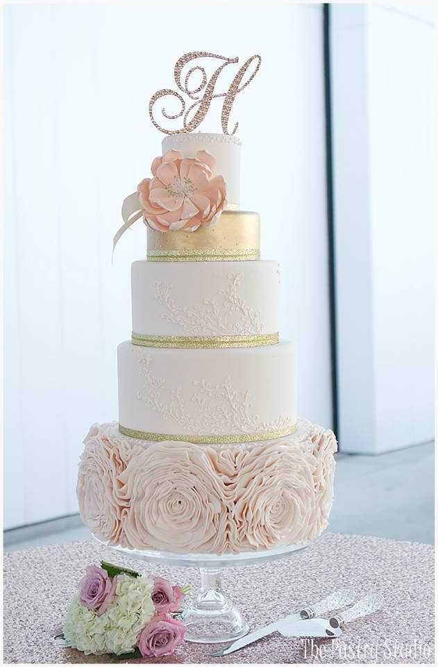 Pastel de bodas | bodatotal.com | wedding ideas, wedding cake, bride, boda, novia