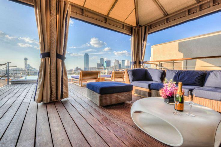 Downtown Dallas' Best Nightlife (SODA Bar in Nylo Hotel)