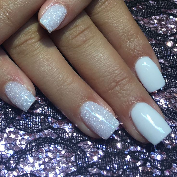 Christmas Nails Nexgen: SNS #194 Snowflakes And #33 White
