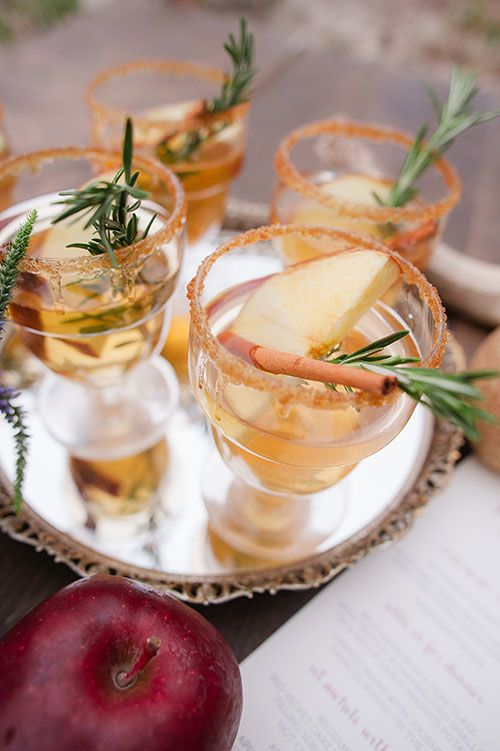 A spiced apple cider champagne cocktail | Brides.com