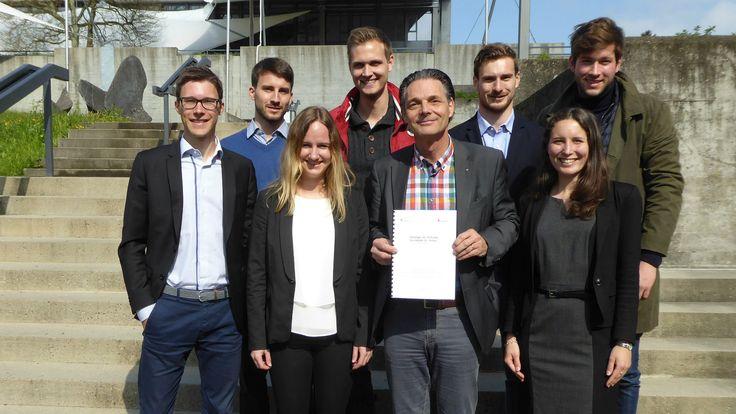 HSG-#Studierende beraten die Stiftung #Suchthilfe #StGallen // HSG students advise the St.Gallen Addiction Support Foundation