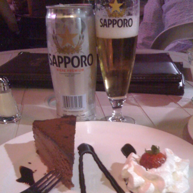 Beer and chocolate mousse! What more do u need?