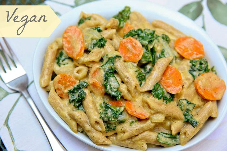 """If you love pasta with creamy Alfredo sauce, wait until you try this guilt-free VEGAN version!    """"Pasta with Kale in Lemon Cashew Sauce"""""""