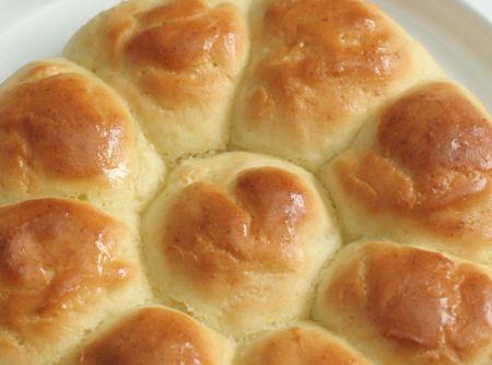 Pull-Apart Dinner Rolls {Gluten-free} Recipe | Just A Pinch Recipes