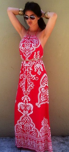 Summer look | Red and white patterned maxi dress
