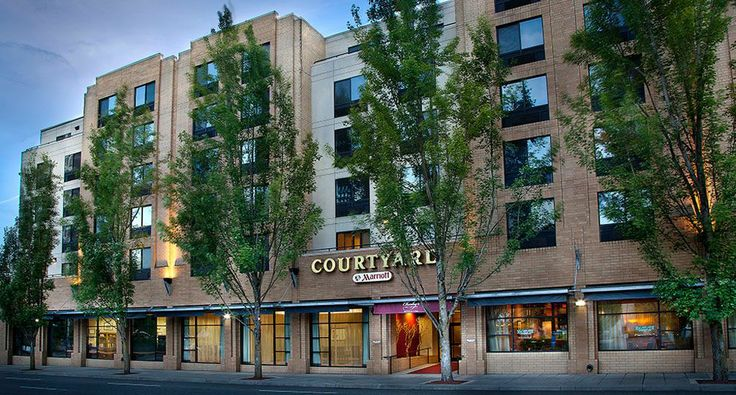 Downtown Portland Hotel: Courtyard by Marriott Convention Center