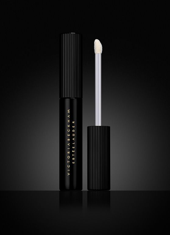 Victoria Beckham Estée Lauder, Eye Foil - This breakthrough liquid eyeshadow delivers a high-shine, vinyl-like finish—even after it's dried.  Sparkling pearl pigments offer flecks of gold or charcoal foil for a liquid-metal effect.