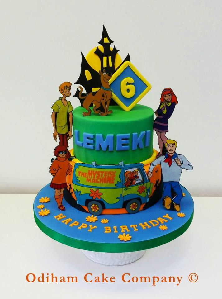 """OCC - """"Scooby Doo where are you""""! A scooby Doo cake complete with edible characters to celebrate Lemeki's 6th Birthday. """"Lets do what we do best scoob, eat""""! #cake #scooby #doo #shaggy #velma #Daphne #fred #mysteryinc #birthday"""